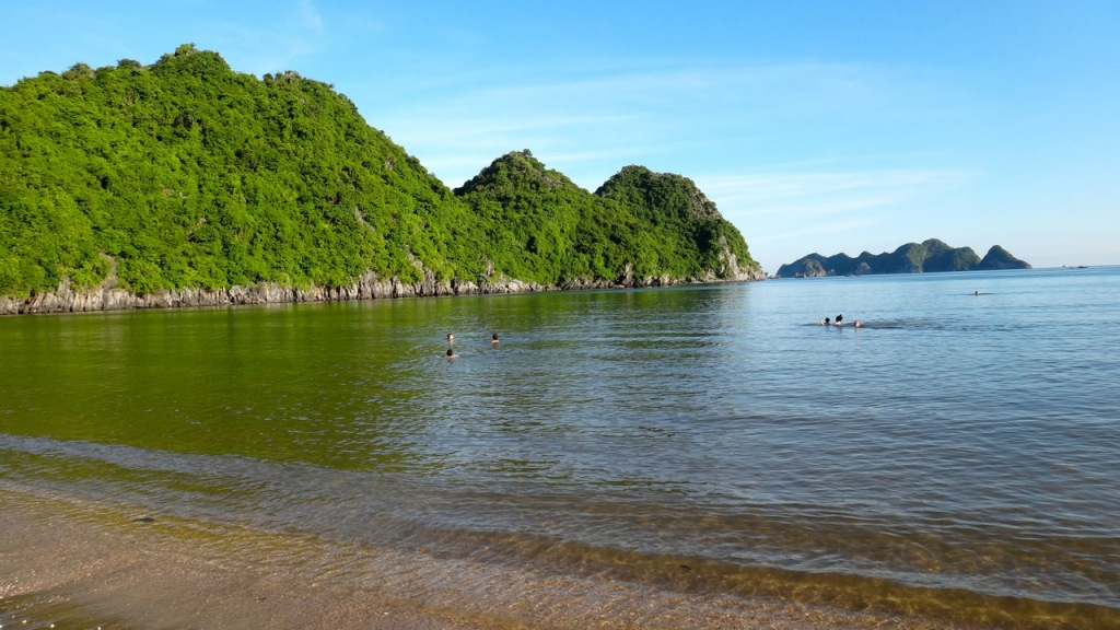 Off the beaten track: Tung Thu Beach, Cat Ba island with Sails of Indochina
